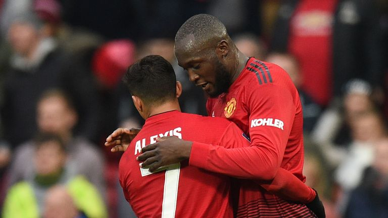 Romelu Lukaku (right) celebrates with Alexis Sanchez