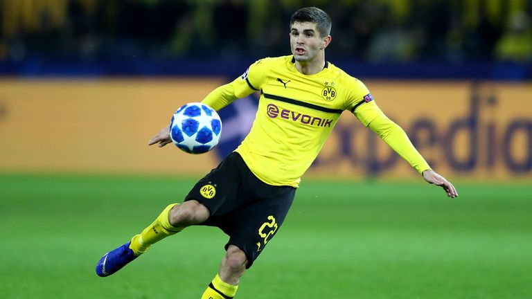 Christian Pulisic of Dortmund runs with the ball during the Group A match of the UEFA Champions League between Borussia Dortmund and Club Brugge at Signal Iduna Park on November 28, 2018 in Dortmund, Germany.