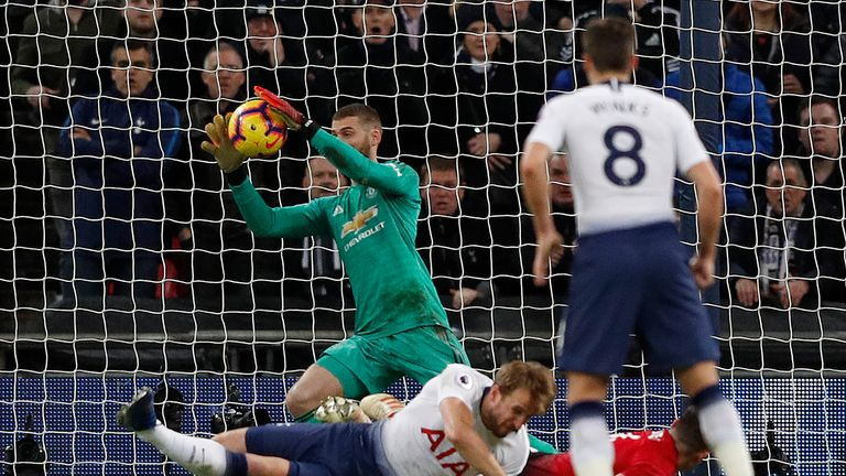 David De Gea made 11 second half saves to help Man Utd to victory