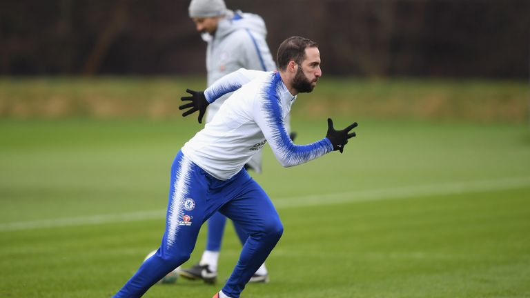 Gonzalo Higuaín can score 30 goals a season, says Sarri