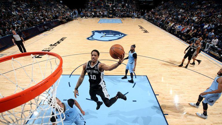 NBA SPURS AT GRIZZLIES