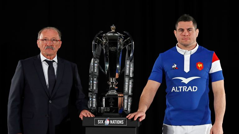 Jacques Brunel and Guilhem Guirado will hope to win a Six Nations match for the first time since 2010