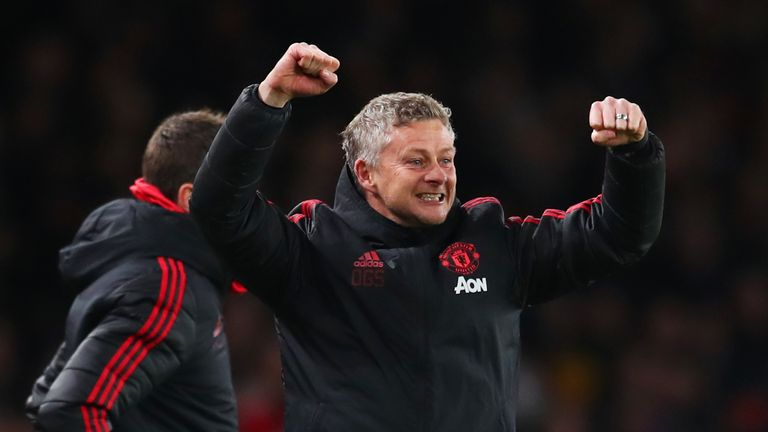 United late show rescues draw as Solskjaer's winning run ends