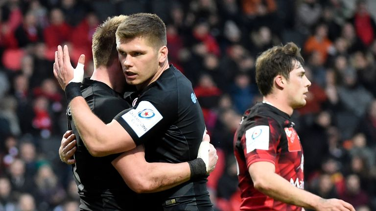 Nick Tompkins is congratulated by Owen Farrell after scoring a try against Lyon