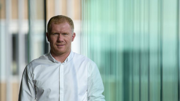Paul Scholes named Oldham manager