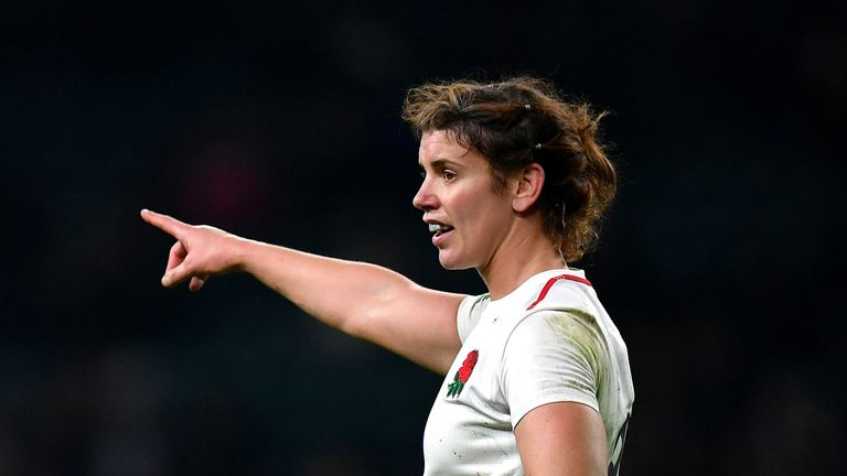 Skipper Sarah Hunter scored the crucial try with just six minutes left as England Women beat Canada