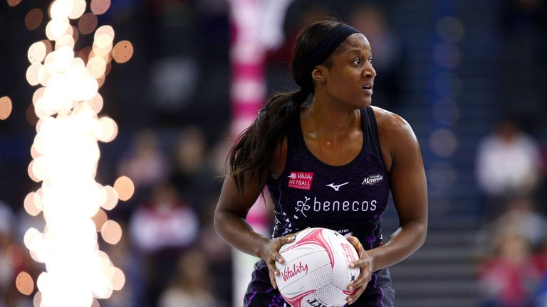 Sasha Corbin and Saracens Mavericks picked up a second successive win to continue a promising start to the Superleague season