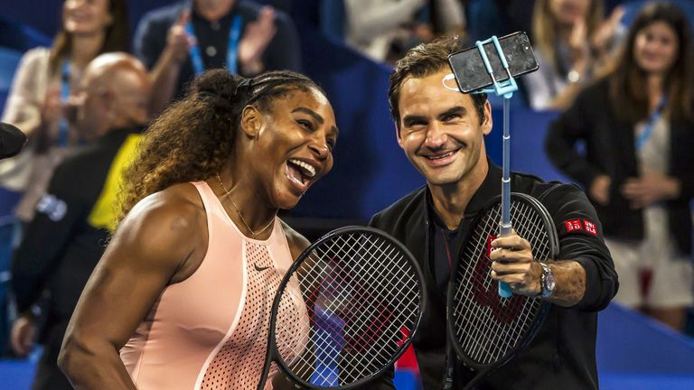 Serena Williams (L) and Roger Federer are losing precious time due to the coronavirus pandemic