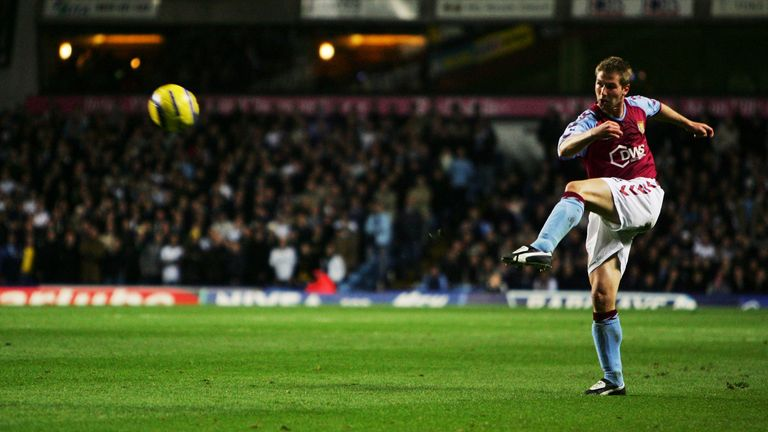 Thomas Hitzlspurger of Aston Villa during the FA Barclays Premiership match between Aston Villa and Tottenham Hotpur at Villa Park on November 22, 2004 in Birmingham, England.  (Photo by Laurence Griffiths/Getty Images)