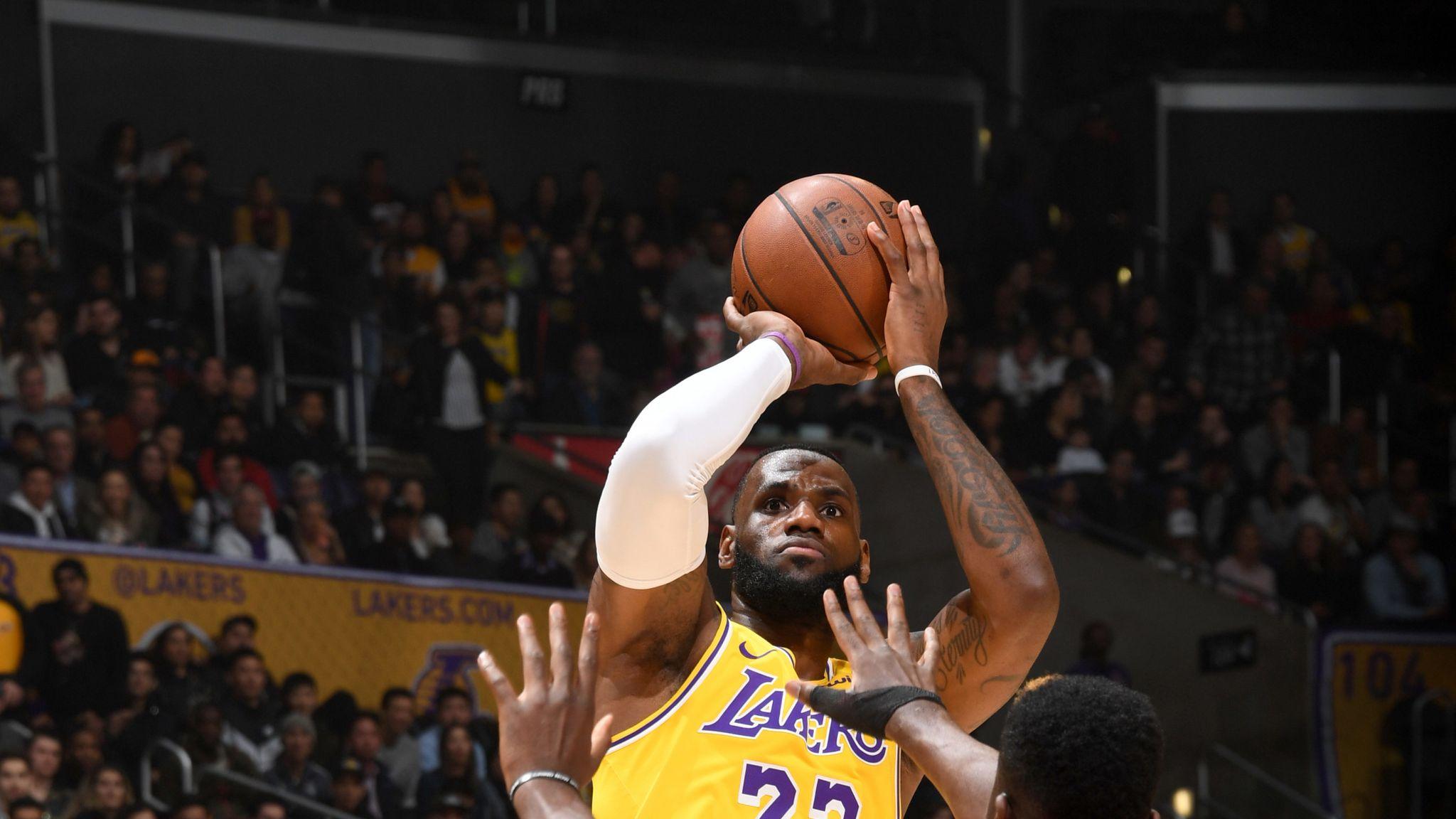 size 40 83d2a 842e3 LeBron James scores 29 points as Los Angeles Lakers record ...