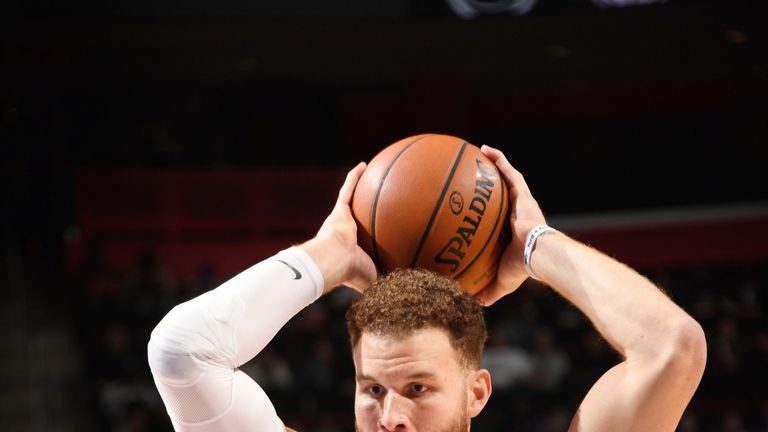 Blake Griffin initiates the Pistons' offense against Dallas