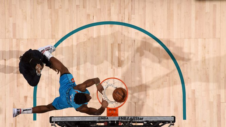 All-Star 2019: Hamidou Diallo vaults over Shaquille O'Neal en route to Dunk Contest win | NBA News |