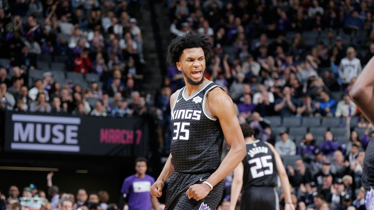 Marvin Bagley celebrates after scoring against San Antonio