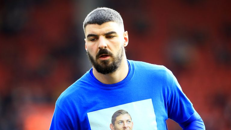 Callum Paterson wears a shirt in tribute to late team-mate Emiliano Sala