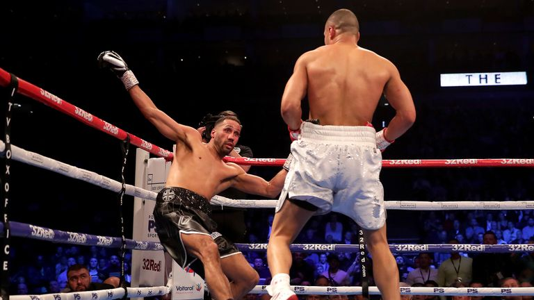 DeGale was hurt by a second-round assault from Eubank Jr