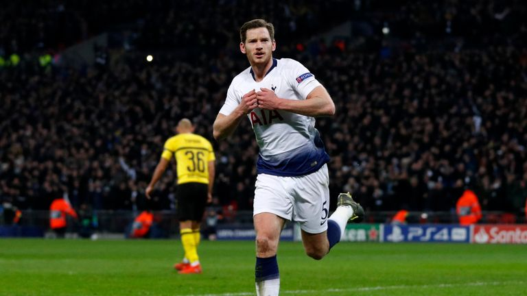 Jan Vertonghen celebrates scoring for Spurs
