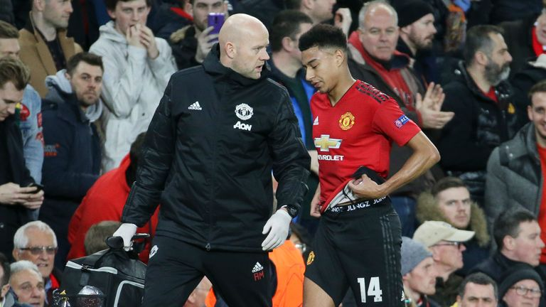 Jesse Lingard hobbled off and the absence of his pace affected United