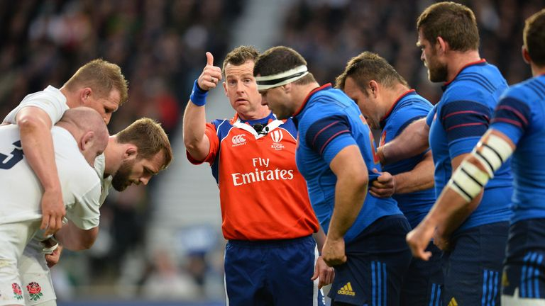 Nigel Owens is no stranger to refereeing matches between England and France