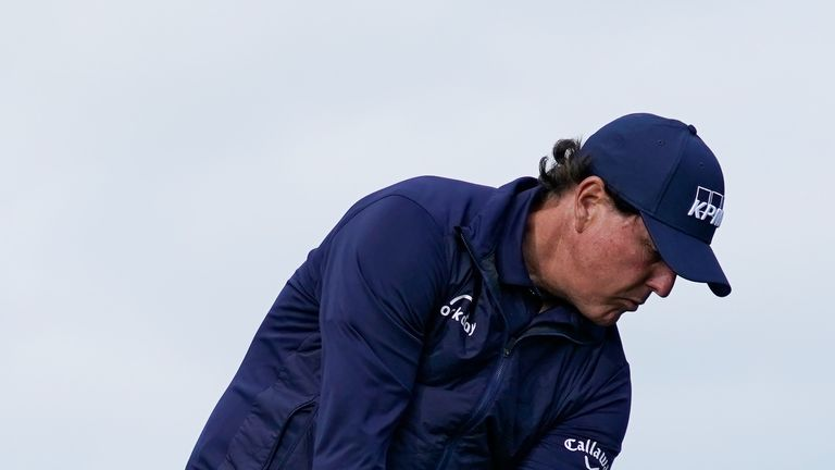 Mickelson will play alongside Casey on Sunday