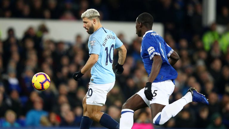 Sergio Aguero of Manchester City is closed down by Kurt Zouma of Everton during the Premier League match between Everton FC and Manchester City at Goodison Park on February 06, 2019 in Liverpool, United Kingdom