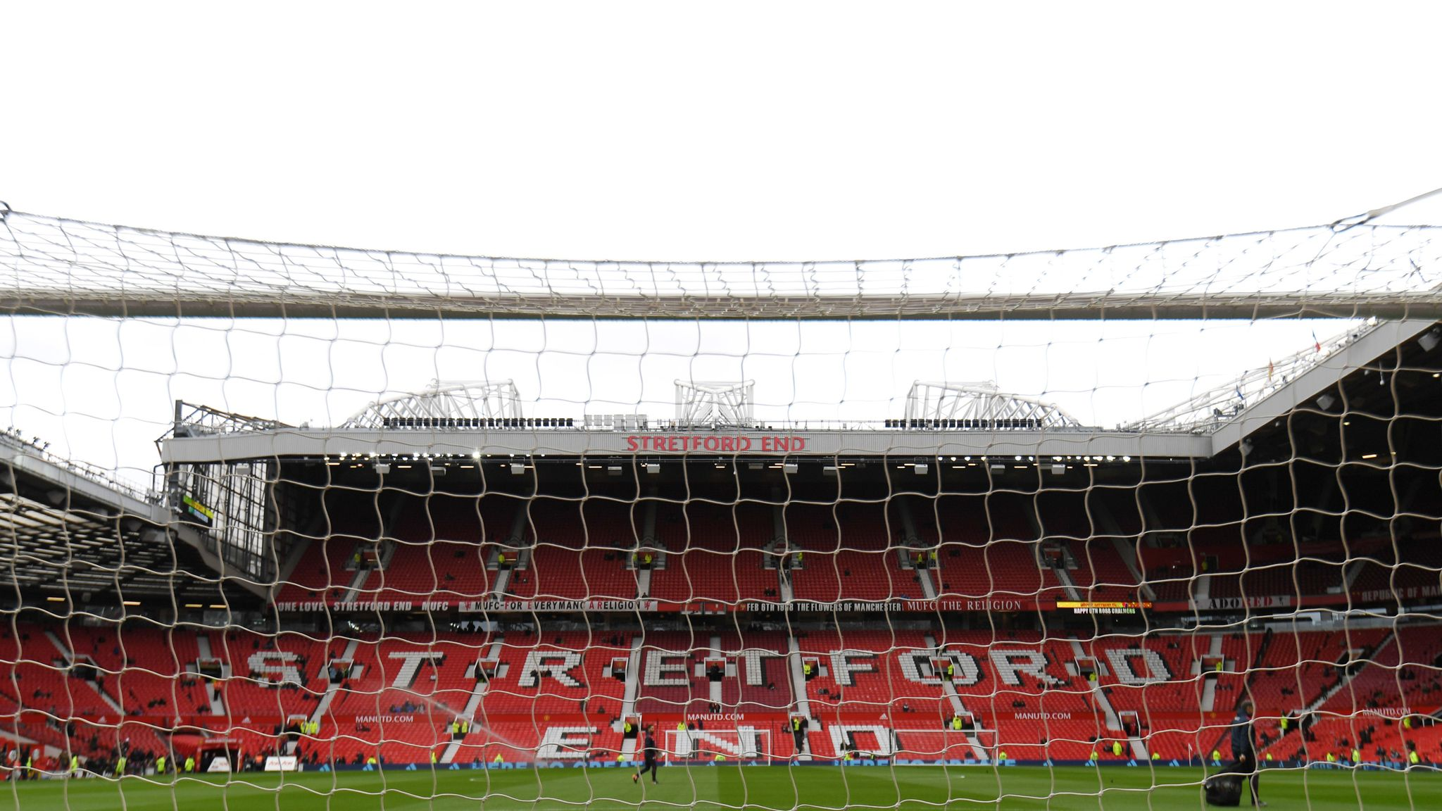 Manchester United freeze season ticket prices for eighth year