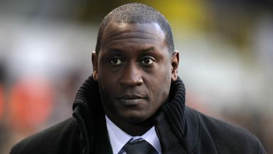 Heskey: Club cliques were allowed with England