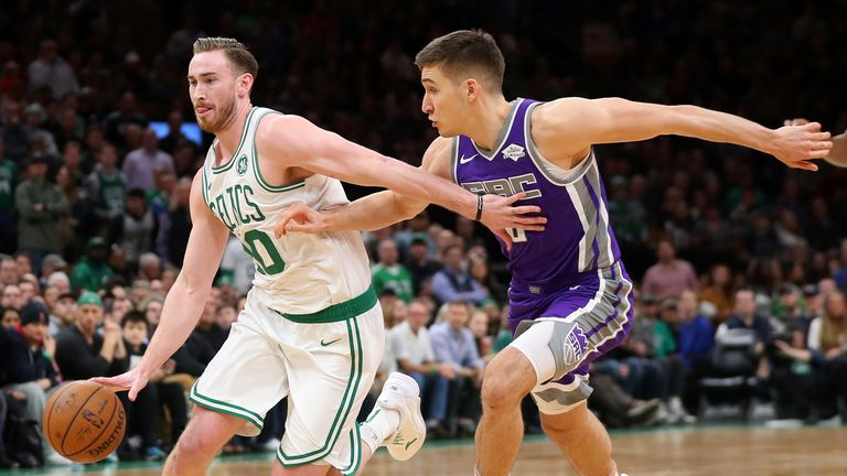 Gordon Hayward drives at the Sacramento defense