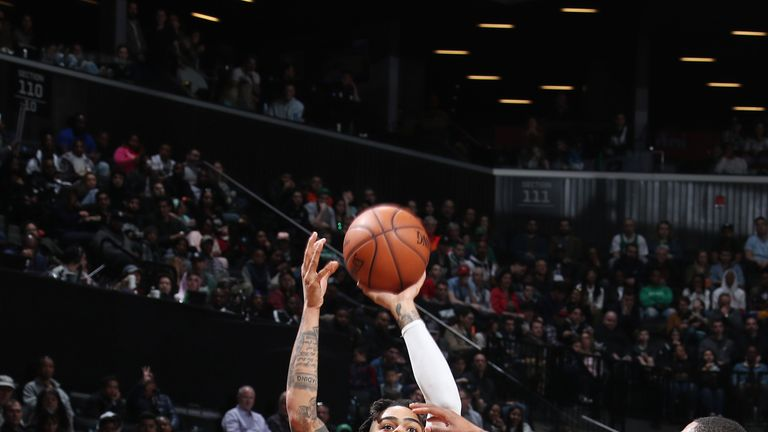 D'Angelo Russell shoots the ball against the Boston Celtics