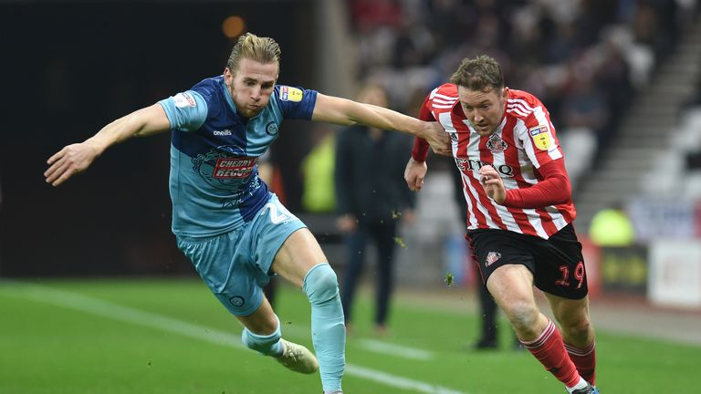 Aiden McGeady in League One action for Sunderland