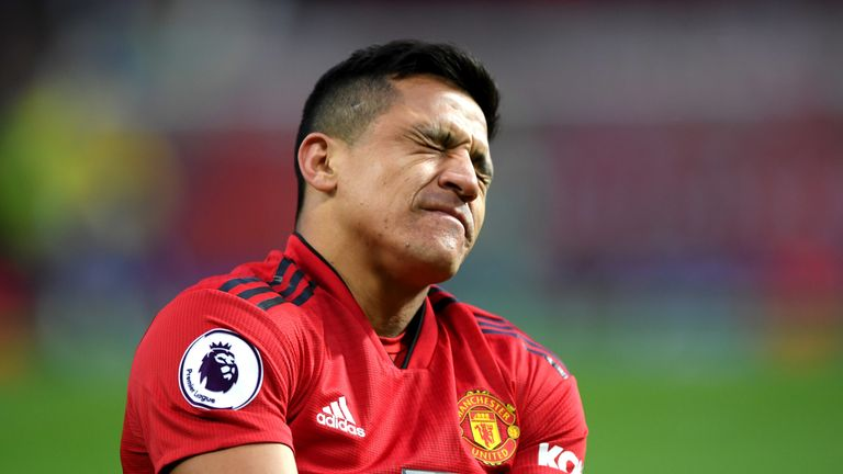 Alexis Sanchez suffered a knee injury in the second half of Manchester United's 3-2 win over Southampton on Saturday