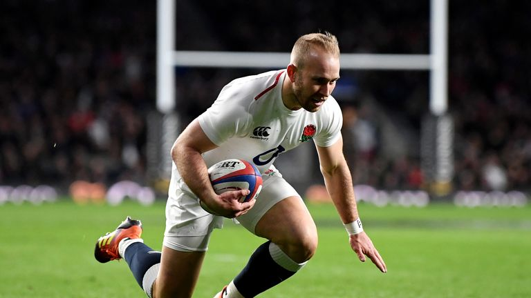 Dan Robson scored his first try for England against Italy