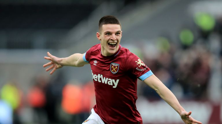The emergence of Declan Rice last season pushed Obiang out of West Ham's first team