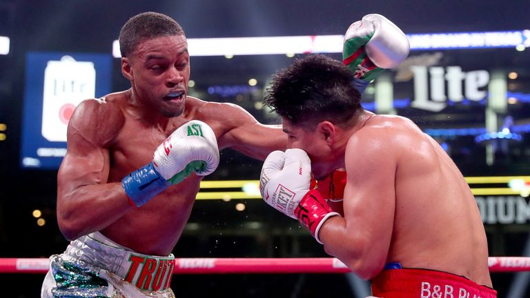 Errol Spence Jr successfully defended his IBF world welterweight title