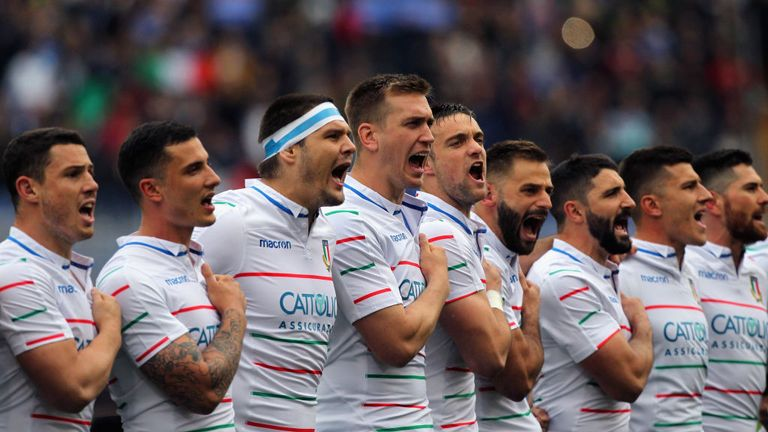 Italy showing the passion that they have for the jersey before kick off