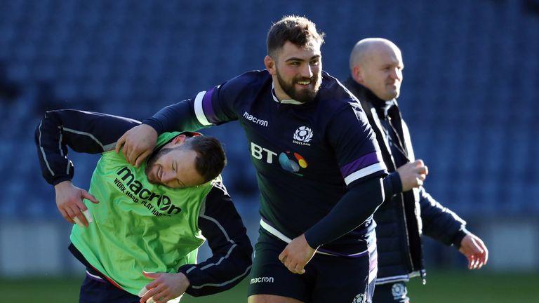 Jamie Bhatti to leave Glasgow for Edinburgh at end of season