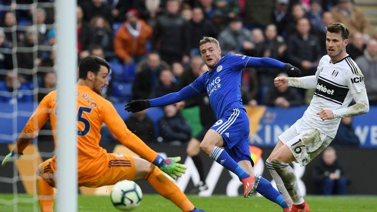Jamie Vardy restores Leicester's lead
