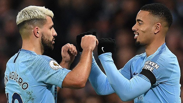 Jesus says he is learning from Aguero