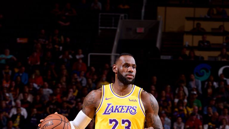 cacdb2e558c LA Lakers  LeBron James to sit out remainder of season due to groin injury
