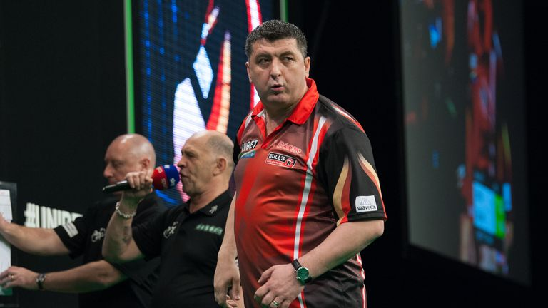 Thursday's Unibet Premier League game at the Mercedes-Benz Arena in Berlin between Michael Smith and Mensur Suljovic.