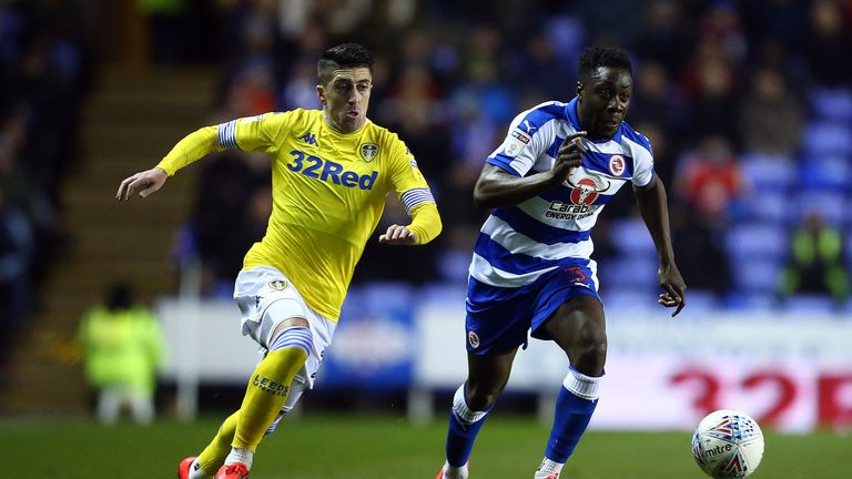 Leeds' Pablo Hernandez scored twice in their 3-0 victory over Reading