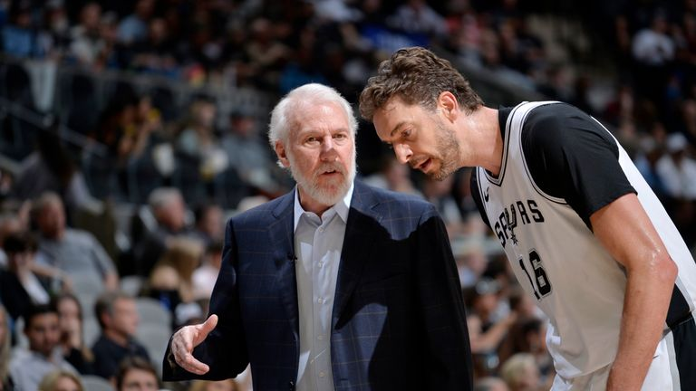 Pau Gasol #16 and Head Coach Gregg Popovich of the San Antonio Spurs talk during the game against the Oklahoma City Thunder on March 29, 2018 at the AT&T Center in San Antonio, Texas.