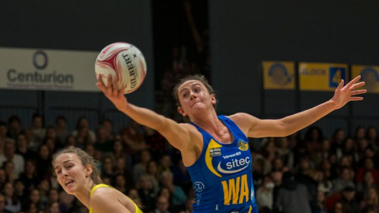 Jess Shaw and Team Bath picked up maximum points with victory over Manchester Thunder. Photo Credit (Clare Green for Matchtight)