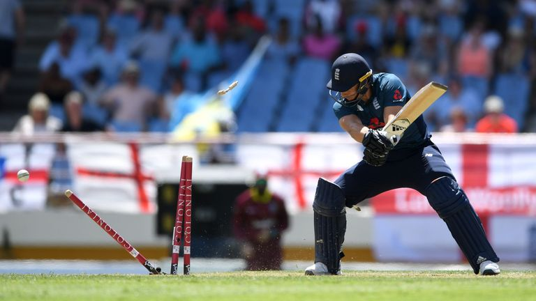 Oshane Thomas takes five-for as England crumble in fifth ODI against Windies