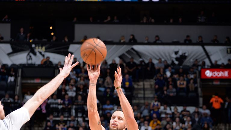 Stephen Curry fires from distance against the San Antonio Spurs