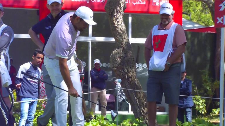 Alexander Levy and Guido Migliozzi display some impressive ball control as they combine for an impromptu keepy uppy session with drivers on the tee in Morocco