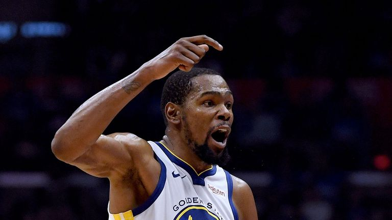77e9a06f9 Kevin Durant celebrates a basket during Golden State  39 s Game 6 win over