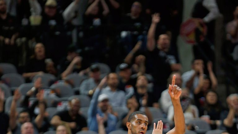 LaMarcus Aldridge scores 26 points in San Antonio Spurs Game 6 win over Denver Nuggets | NBA News |
