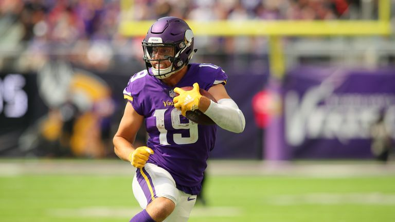 the best attitude 08d63 a302e Adam Thielen and Minnesota Vikings agree terms on reported ...