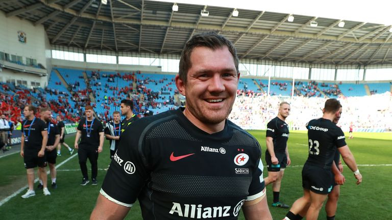 Alex Goode celebrates Saracens' win after the final whistle in Coventry