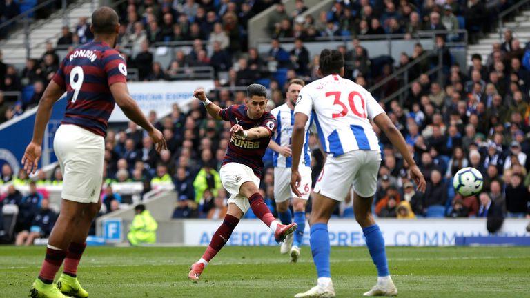 Ayoze Perez scores for Newcastle to make it 1-0